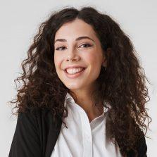 portrait-of-a-happy-young-businesswoman-5LW7XZS-p3y163qgr6b4kp6yd7n26fa0v1vi949zyu6au6ly7q